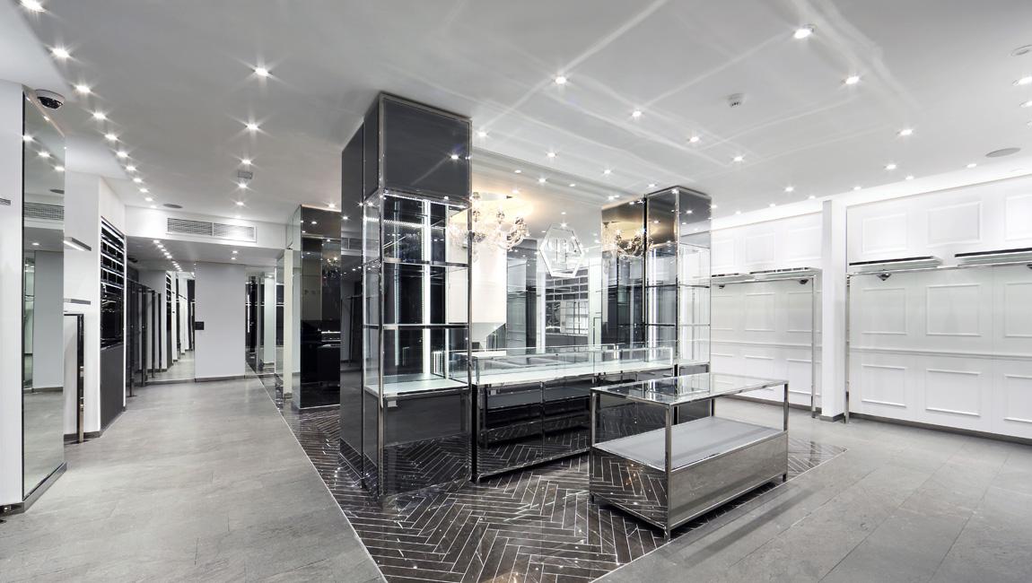 AQUILIALBERG_PHILIPP PLEIN Barcelona store 02