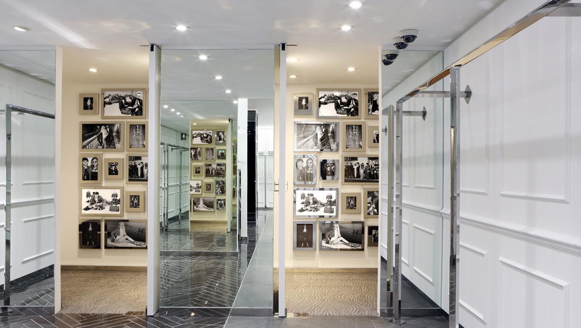 AQUILIALBERG_PHILIPP PLEIN Barcelona store 07