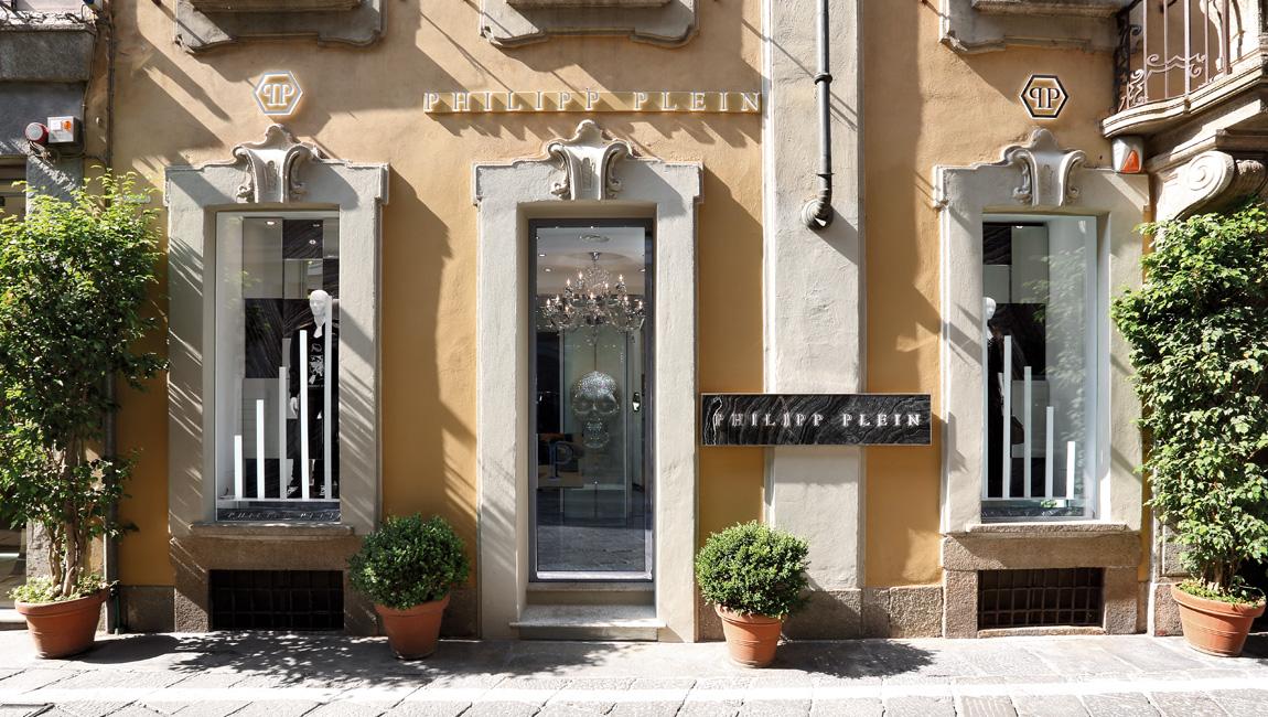 AQUILIALBERG_PHILIPP PLEIN Milan Spiga store 01