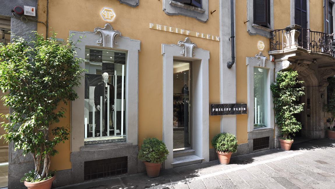AQUILIALBERG_PHILIPP PLEIN Milan Spiga store 02