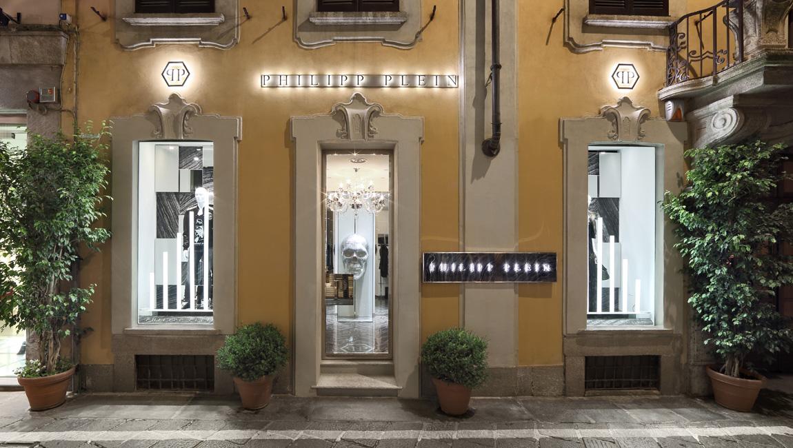 AQUILIALBERG_PHILIPP PLEIN Milan Spiga store 03