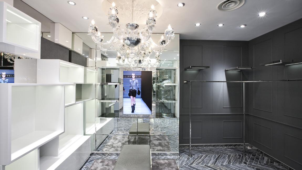 AQUILIALBERG_PHILIPP PLEIN Milan Spiga store 06