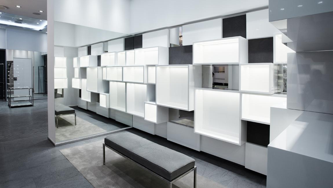AQUILIALBERG_PHILIPP PLEIN Moskow Crocus store 03