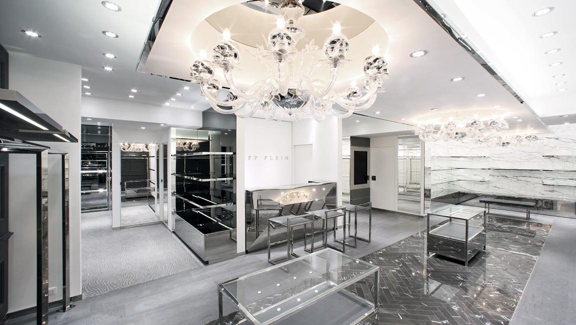 AQUILIALBERG_PHILIPP PLEIN Paris store 03