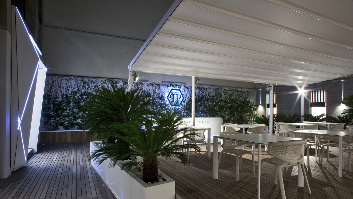 AQUILIALBERG_Philipp Plein Milan The Terrace 07